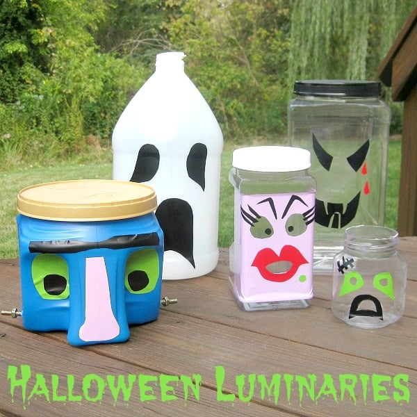 5 decorated plastic bottle decorations for Halloween