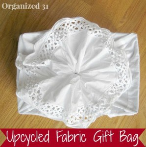 White+Gift+Bag+button.jpg