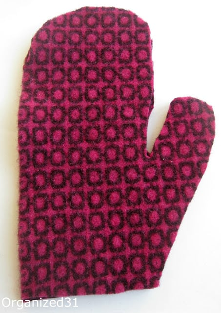 Repurposed Upcycled Sweater Mittens - Organized 31