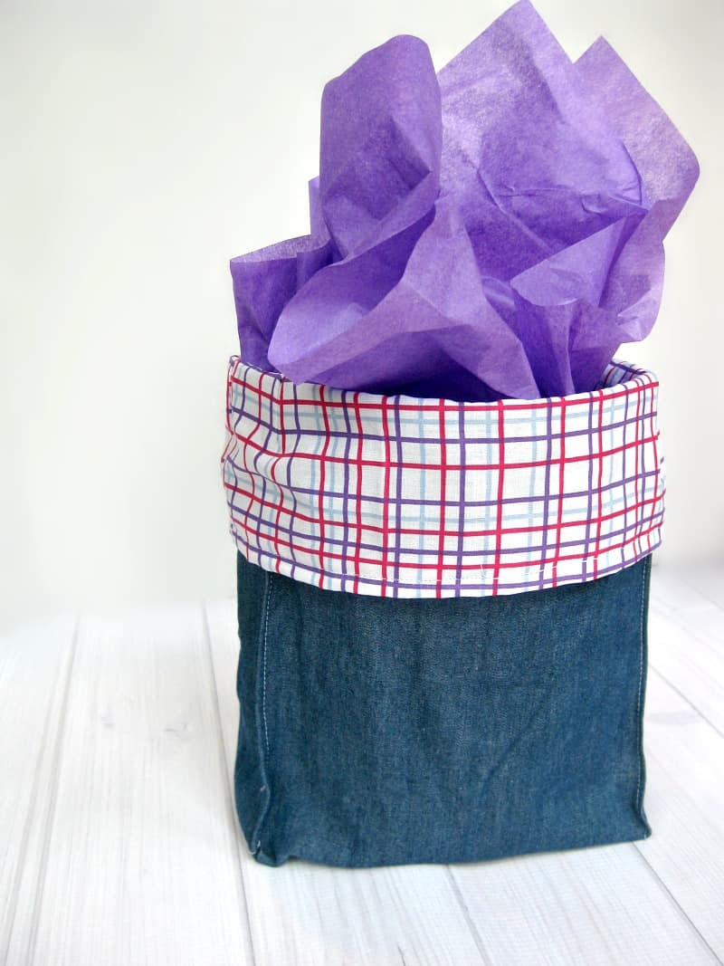 Easy Fabric Gift Bag - Organized 31