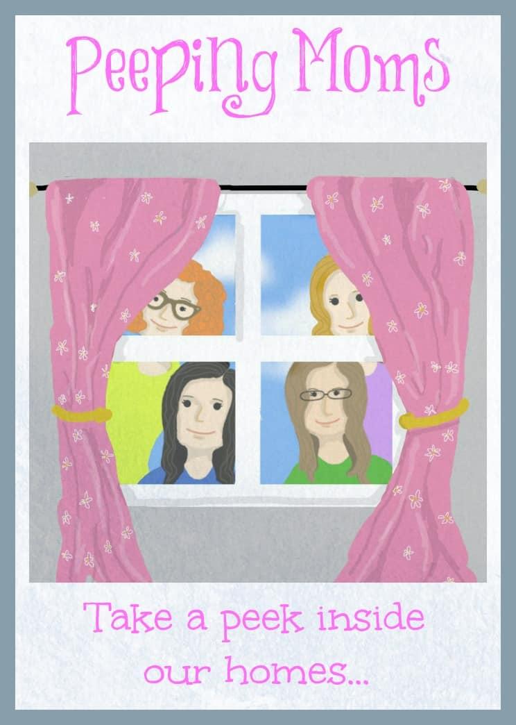 Peeping Moms