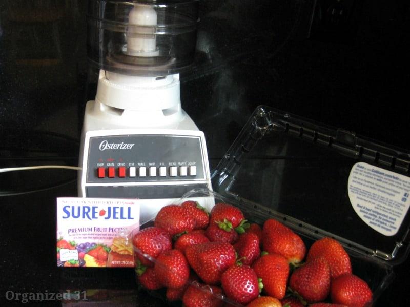 Easy Freezer Jam - Organized 31