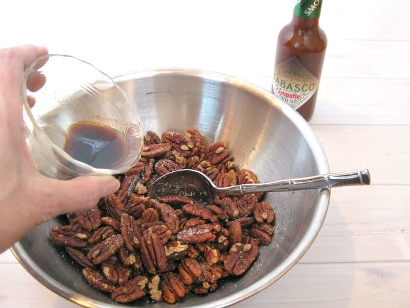 Warm Seasoned Pecans Recipe - Organized 31  #SeasonedGreetings #ad