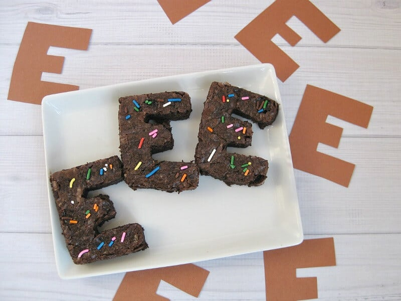 Harmless April Fools' Day Prank with Brownies - Organized 31