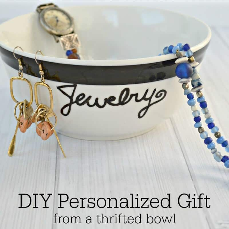 Diy personalized gift perfect for mother 39 s day for Diy monogram gifts
