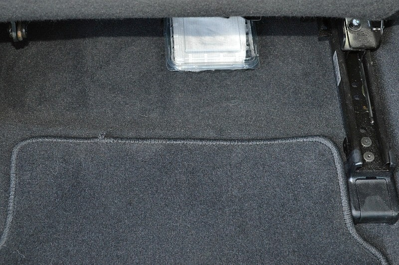 how to clean salt off car carpet