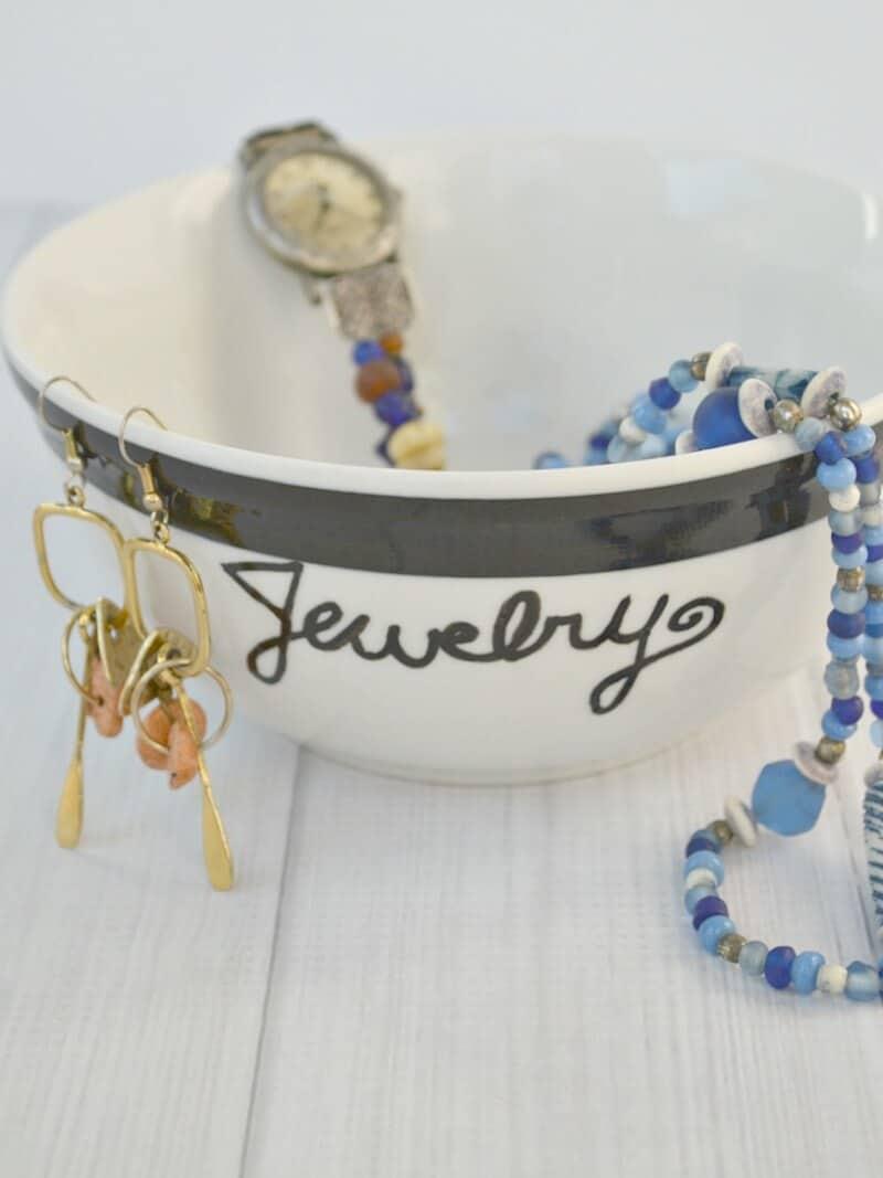 DIY Personalized Gift - Organized 31
