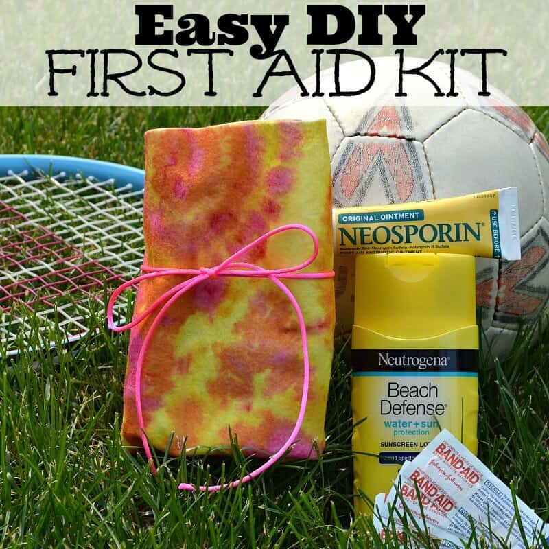 Easy DIY First Aid Kit for summer camp and activities #RewardHealthyChoices #Ad
