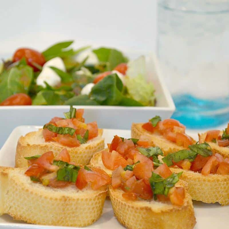 Fresh and Easy Bruschetta Recipe - Made from garden fresh ingredients. A delicious appetizer and perfect accompaniment to your summer dish.  #BistroBowlsForMe  [Ad]