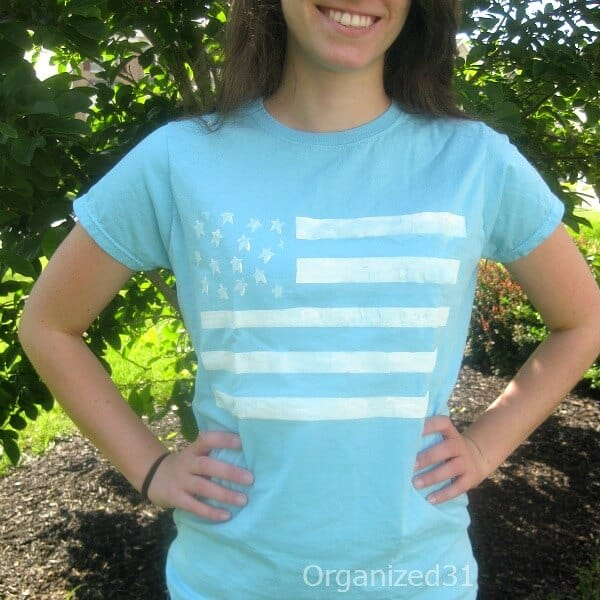Make this easy painted flag tee for all your patriotic fashion occasions.