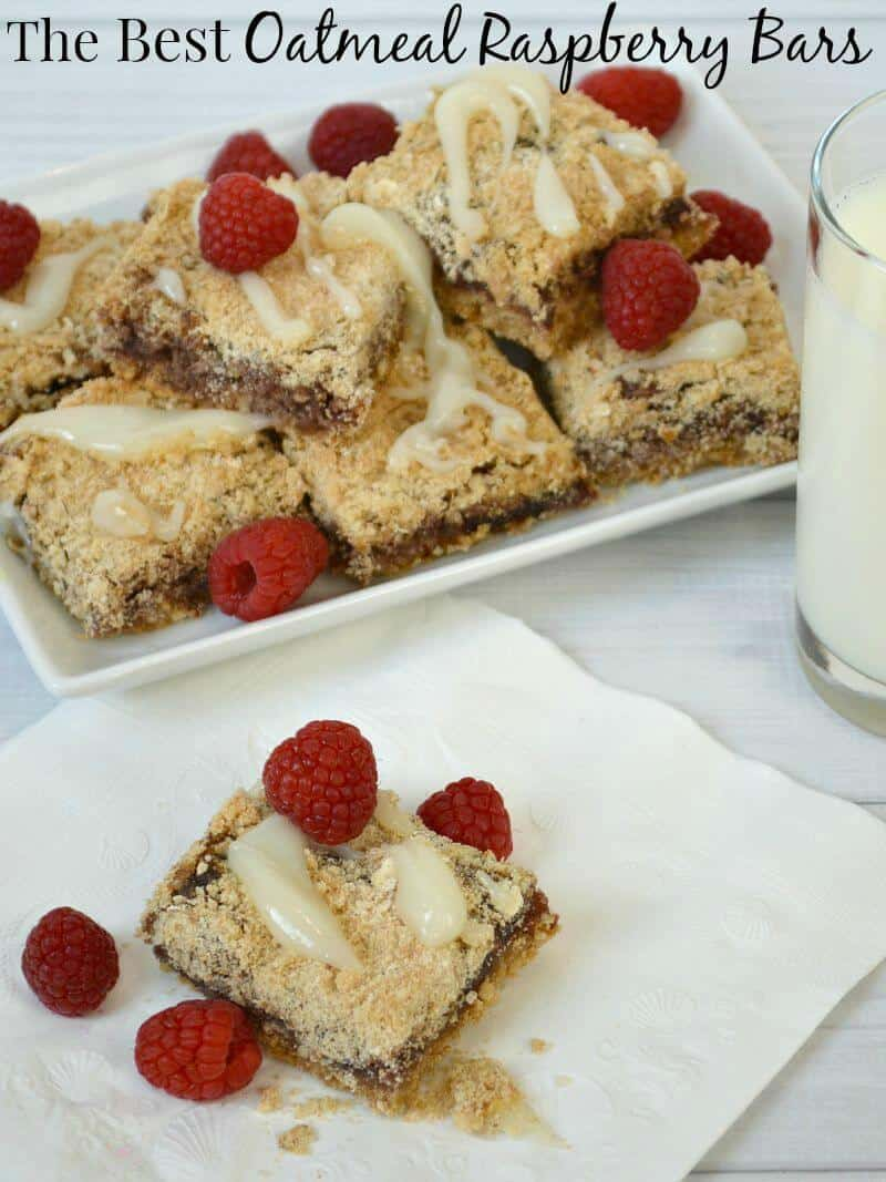 Make the best oatmeal raspberry bars as a gift or for an afternoon snack. One batch makes enough for several gifts or a week's worth of snacks. #QuakerTime [ad]