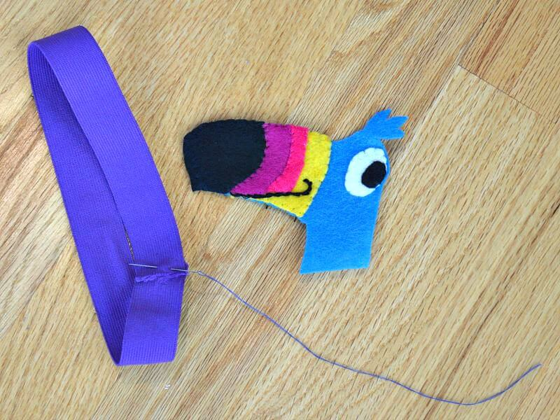 Tips to encourage after-school reading and an easy tutorial to make a fun bookmark. #Back2SchoolReady [ad]