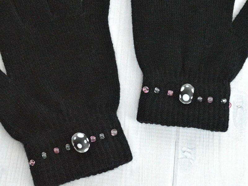 These decorated ladies winter gloves are so easy to do and frugal, too. They make a great fashion statement and a wonderful gift.