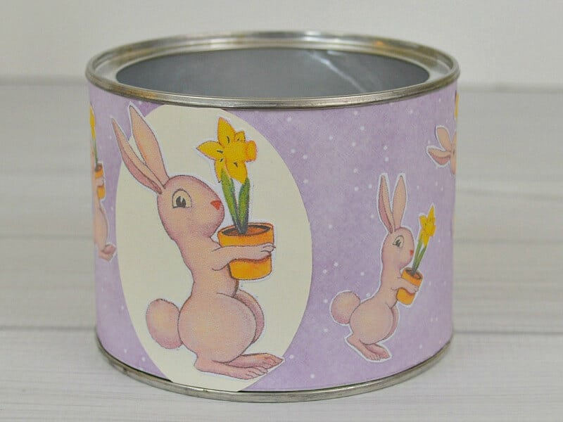 Make easy DIY Easter Gifts that are frugal and fun in minutes using Mod Podge.