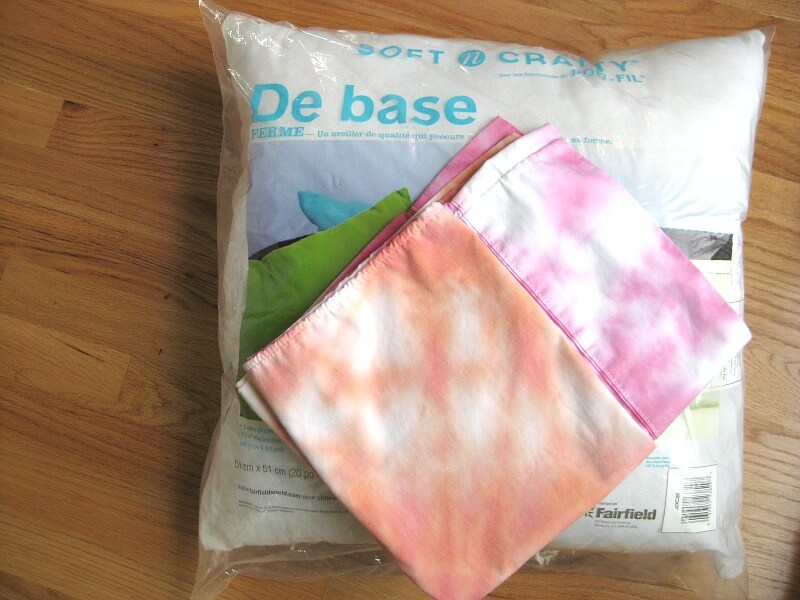 Make an easy DIY Tie Dye Pillow as a fun craft project and room décor item.