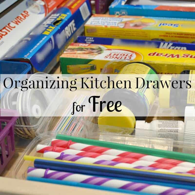 Easy tips for Organizing Kitchen Drawers for free. The kitchen is the heart of the home and an organized kitchen makes your entire day run more smoothly. | Organized 31