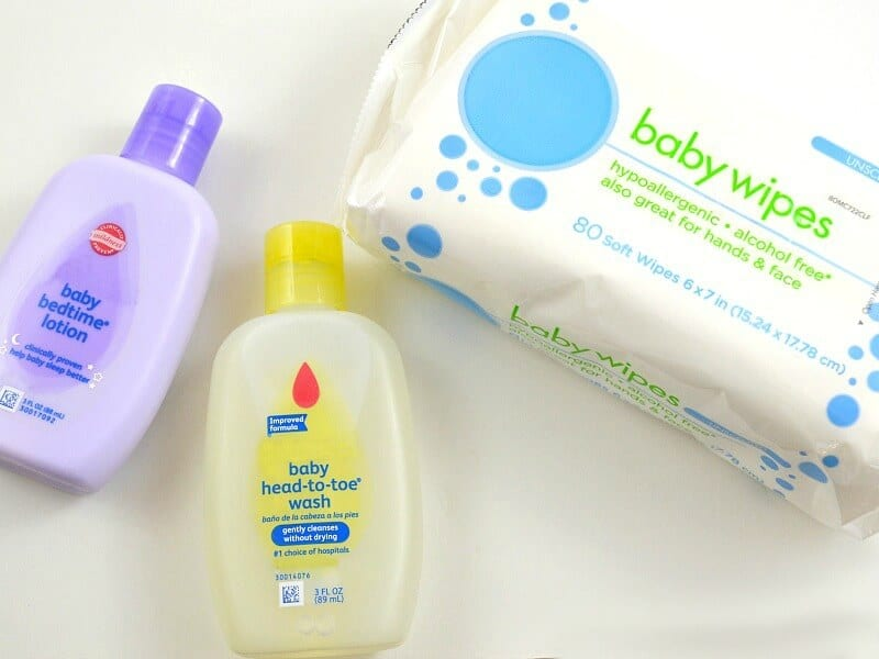 Have fun shopping for a new baby gift idea and donate a new mom gift bag to a homeless shelter. #BetterBottles [ad]