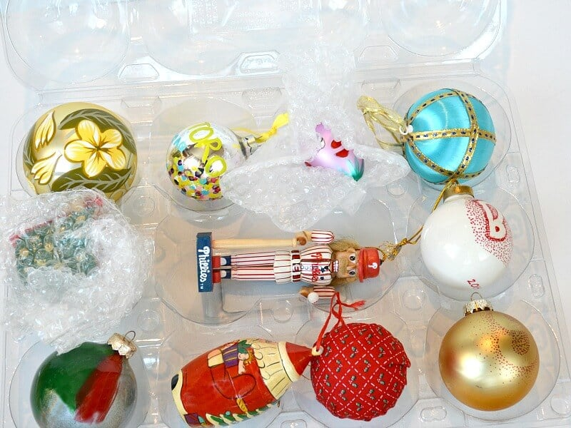 Learn how to pack Christmas decorations for free and protect your treasured ornaments and decorations when they're packed and stored away.