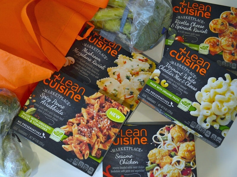 Quick Lunch Tips for busy people. Have a healthy, delicious lunch every day of the work week . #LeanCuisine [ad]