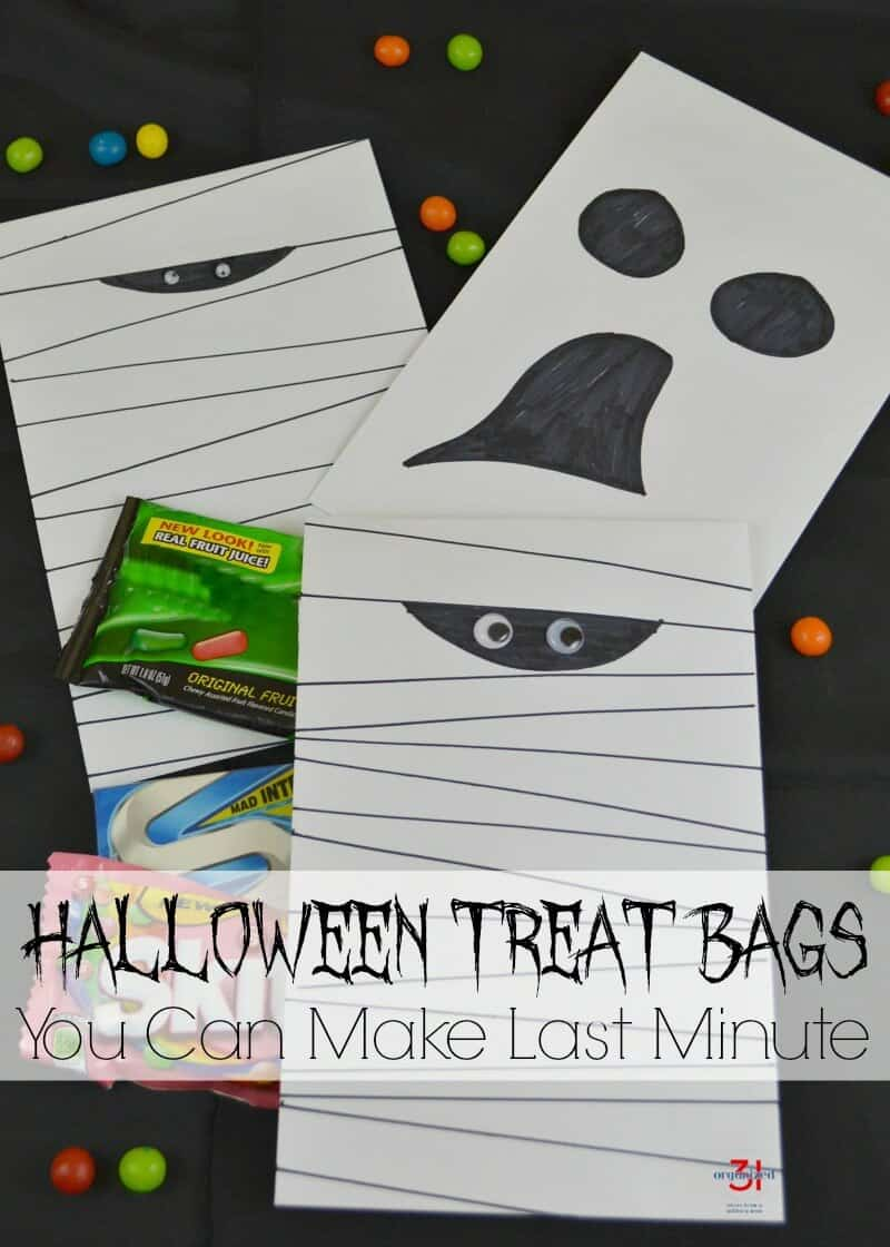 Halloween Treat Bags you can make last minute with supplies you already have.